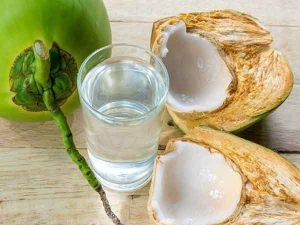 Mơ thấy uống nước dừa là điềm báo gì?